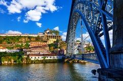 porto portugal Ponte de Dom Luis bro Arkivfoto