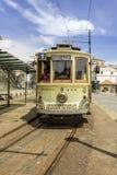 PORTO PORTUGALIA, LIPIEC, - 04, 2015: Sławny dziedzictwo koloru żółtego tramwaj Zdjęcie Royalty Free
