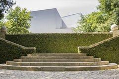 PORTO PORTUGALIA, LIPIEC, - 05, 2015: Serralves uprawia ogródek, zielony park w Porto Obrazy Stock