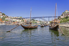 Porto- - Rabelo-Boote, Brücke D. Luis I, Ribeira Lizenzfreie Stockfotografie