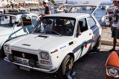 PORTO SANTO STEFANO, WŁOCHY - 23 2012 CZERWIEC: Należny Mari rocznika samochód zdjęcie stock