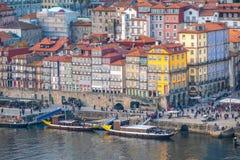 Porto, second-largest stad in Portugal Gevestigd langs het Douro-rivierestuarium in Noordelijk Portugal Zijn historische kern is  royalty-vrije stock foto's