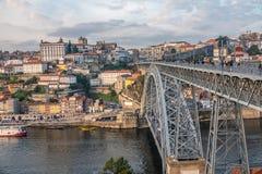 Porto, a segundo-grande cidade em Portugal Localizado ao longo do estuário do rio de Douro em Portugal do norte Seu núcleo histór imagens de stock royalty free