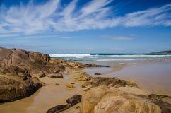 Porto Stephens, una spiaggia di miglio Fotografia Stock Libera da Diritti
