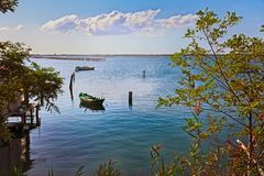 Porto Tolle, Veneto, Italië: landschap van het Adriatische overzees in Royalty-vrije Stock Afbeeldingen