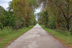 Porto Tolle, Veneto, Italië: weg in het Po Deltapark Stock Fotografie
