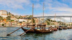 Porto und alte traditionelle Boote Stockfotografie