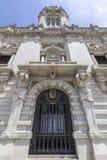 Porto urzędu miasta fasadowa perspektywa, lokalizować przy Avenida dos Aliados Zdjęcie Stock