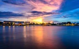 Porto, Wat Arun, sala navale, Tailandia Immagini Stock Libere da Diritti