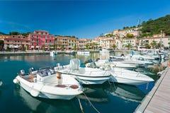 Portoazzurro, Eiland van Elba, Italië. royalty-vrije stock afbeeldingen
