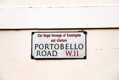 Portobello drogowy podpisuje wewnątrz London jednoczącego królestwo obraz royalty free