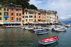 Portofino,利古里亚,在Portofino港口的Italy.Speed小船 图库摄影