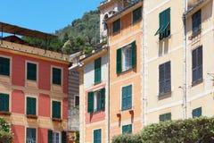 Portofino domów typowe kolorowe fasady w Włochy, słoneczny dzień Obraz Royalty Free