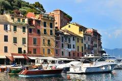 Portofino is Italiaans visserijdorp in Ligurië Stock Foto's