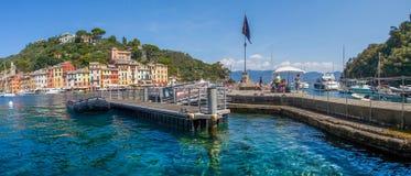 Portofino Italien - färjabrygga Royaltyfria Foton