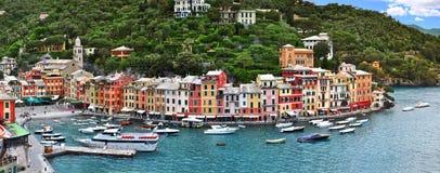 Portofino Italien, panoramasikt fotografering för bildbyråer
