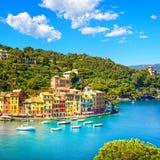 Portofino lyxig bygränsmärke, panorama- flyg- sikt Liguri Arkivbilder