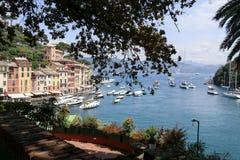 Portofino sikt i hamnområdet royaltyfri foto