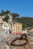 Portofino turist- semesterort i Liguria royaltyfri foto
