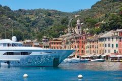 Portofino typisch mooi dorp met kleurrijke huizen in Italië Royalty-vrije Stock Afbeeldingen