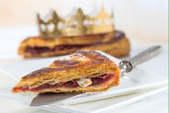 Porton do bolo e da coroa do rei Imagens de Stock