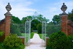Portone ai giardini Immagini Stock Libere da Diritti