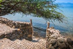 Portone alla spiaggia in Batangas Filippine Fotografie Stock
