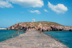 Portone antico del tempio di Apollon all'isola di Naxos Immagine Stock