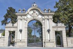 Portone dell'entrata del palazzo di Festetics Keszthely, Ungheria Immagini Stock