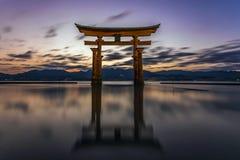 Portone di galleggiamento di torii nel Giappone Fotografie Stock Libere da Diritti