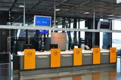 Portone di imbarco di Lufthansa Immagine Stock