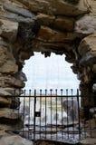 Portone di pietra del ferro e dell'arco Fotografie Stock