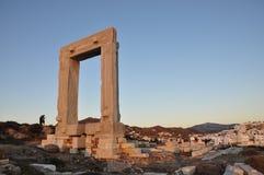Portone di Portara nell'isola di Naxos in Grecia Fotografie Stock Libere da Diritti