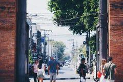 Portone orientale nella vecchia città di Chiang Mai immagine stock