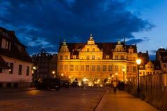 Portone verde in vecchia città di Danzica Immagini Stock Libere da Diritti