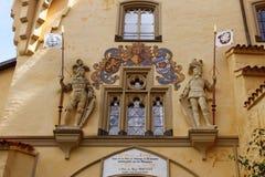 Portoni del castello di Hohen Schwangau Fotografie Stock Libere da Diritti