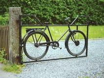 Portoni fatti della bicicletta Fotografia Stock Libera da Diritti