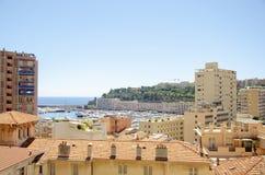 Portos bonitos com muitos iate em Mônaco imagens de stock royalty free