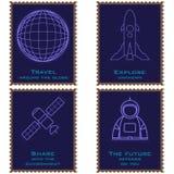 Portostämplar som visar en planet, en astronaut, ett rymdskepp och en satellit vektor illustrationer
