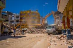 Portoviejo Ekwador, Kwiecień, -, 18, 2016: Budować pokazywać aftereffect 7 8 trzęsienie ziemi Obrazy Royalty Free