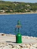 Portowe infrastruktury Zielone światło sygnał Obrazy Royalty Free
