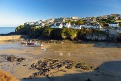 Portowy Isaac, wioska rybacka na Atlantyckim wybrzeżu północny Cornwall, mała i malownicza, Anglia, Zjednoczone Królestwo, sławny Zdjęcia Royalty Free
