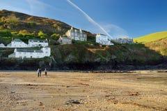 Portowy Isaac, wioska rybacka na Atlantyckim wybrzeżu północny Cornwall, mała i malownicza, Anglia, Zjednoczone Królestwo, sławny zdjęcie stock