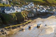 Portowy Isaac, wioska rybacka na Atlantyckim wybrzeżu północny Cornwall, mała i malownicza, Anglia, Zjednoczone Królestwo, sławny fotografia stock