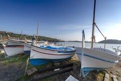 Portowy Lligat, mała Śródziemnomorska wioska obraz royalty free