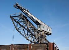Portowy przemysłu żurawia niebieskie niebo Obraz Stock