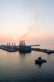 portowy puerto quetzal zmierzch zdjęcie royalty free