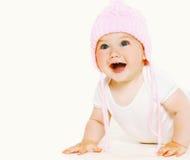 Porträt, das süßes Baby im Hut lacht Stockbild