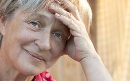Porträt der älteren Frau. Stockfotografie