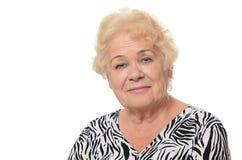 Porträt der alten Frau lokalisiert auf weißem Hintergrund Stockfoto